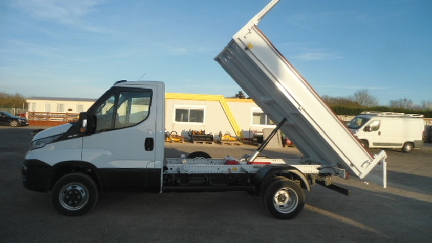 BENNE 35-150H IVECO